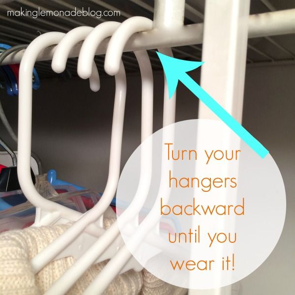 how-to-organize-closets-hangers-trick.jpg