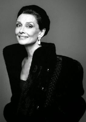 Audrey Hepburn later in life.jpg